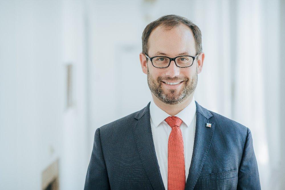 Jan Farský podporuje Nadační fond Modrá rybka